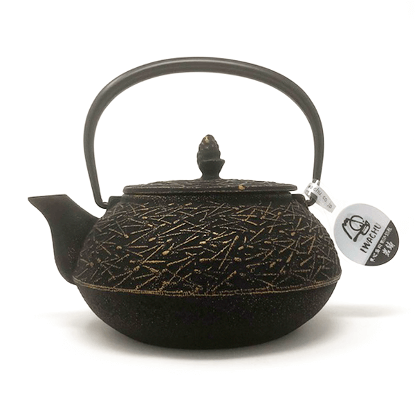 Cast Iron Tea Pot Matsuba Gd/Blk Pine Needle 0.65L